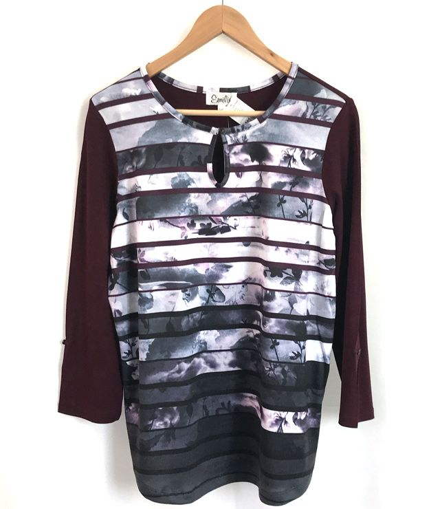 CHANDAIL COL ROND MCH REVERS PRINT POURPRE